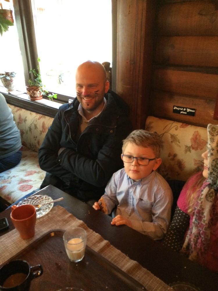 _Martin med sin son påsken 2015